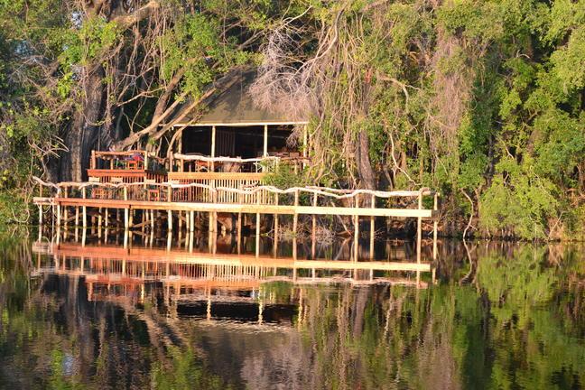 Guma Lagoon Lodge