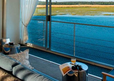 Zambezi Queen   Flodkrydstogt & Safari