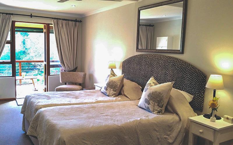 pumula lodge room